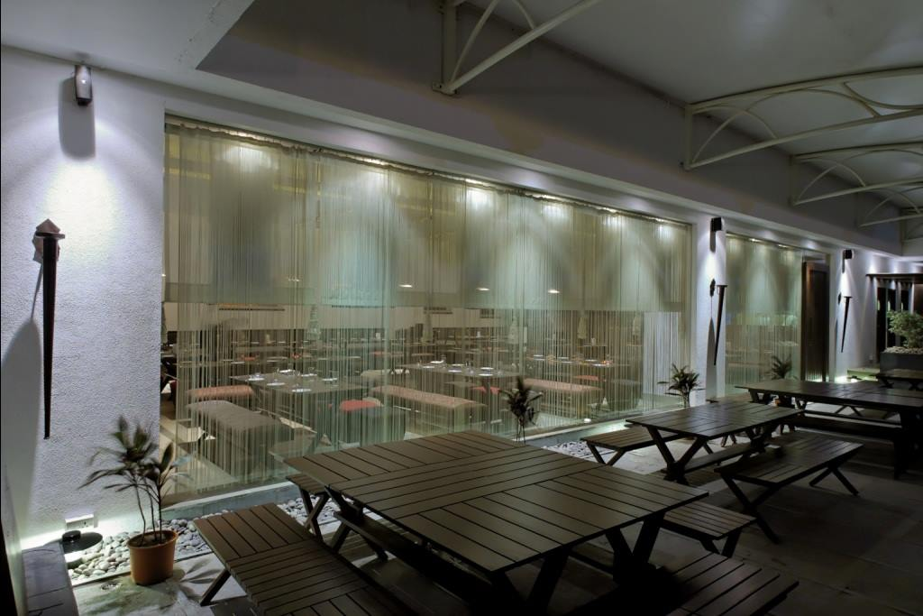 Modern restaurant space by Midas Dezign - The Golden Touch Modern | Interior Design Photos & Ideas