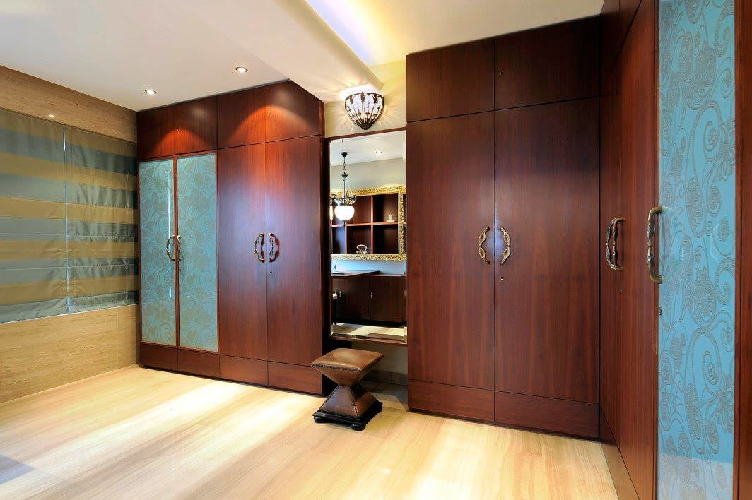 Modern bedroom with wooden wardrobe by Midas Dezign - The Golden Touch Bedroom Contemporary   Interior Design Photos & Ideas