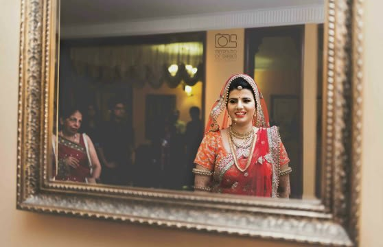Smiling Bride by Memento of Shades Photography Wedding-photography Bridal-jewellery-and-accessories | Weddings Photos & Ideas