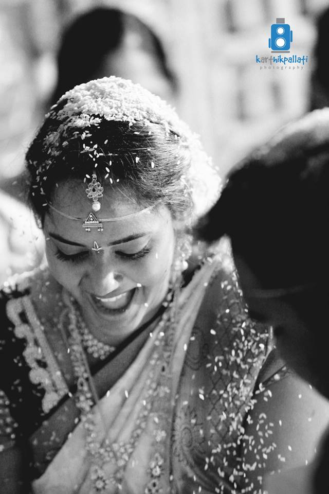 A cheerful bride! by Kkarthik Pallati photography Wedding-photography | Weddings Photos & Ideas