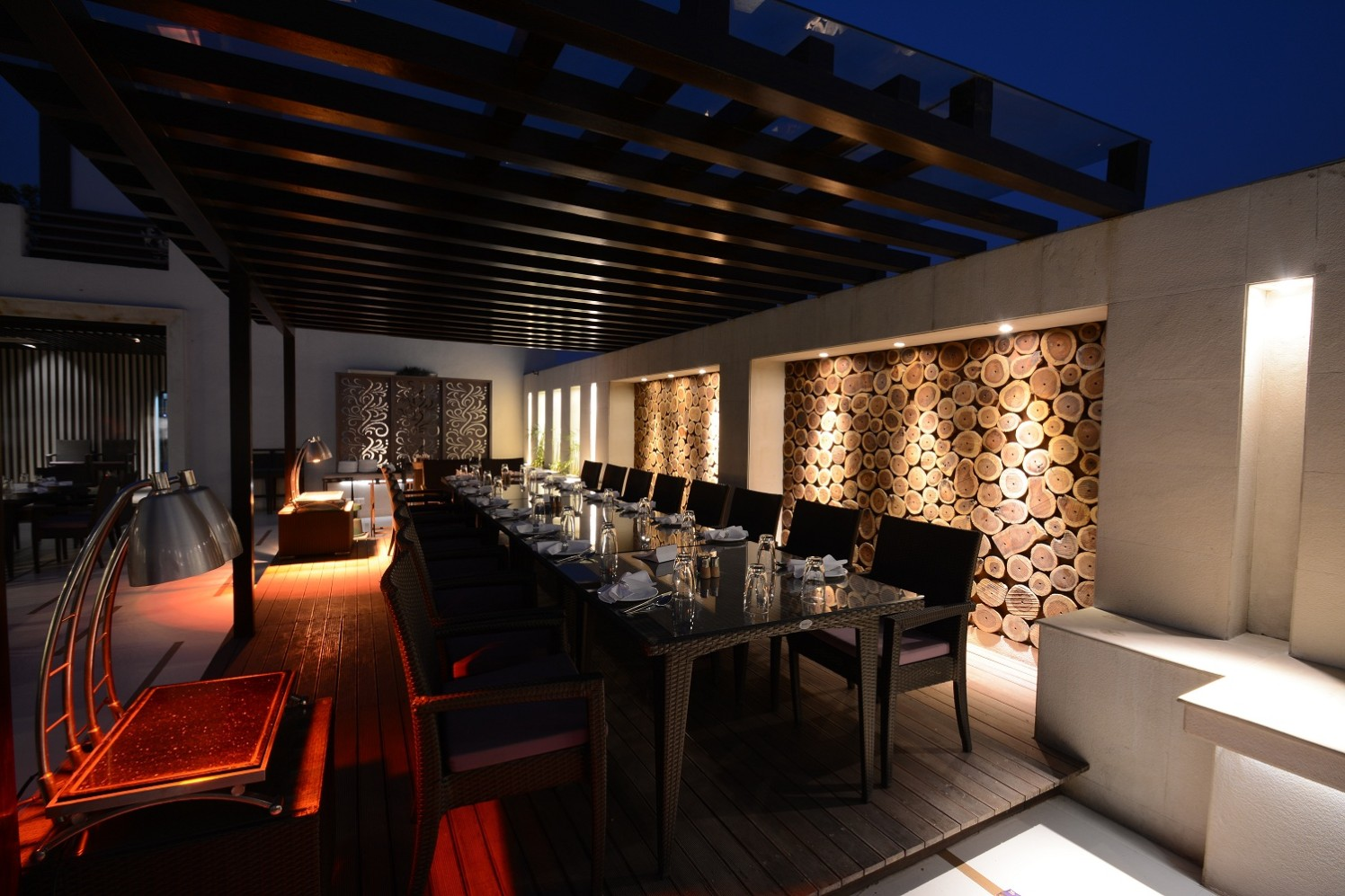 Exquisite Dining by shailendra m prasad  Contemporary Contemporary | Interior Design Photos & Ideas