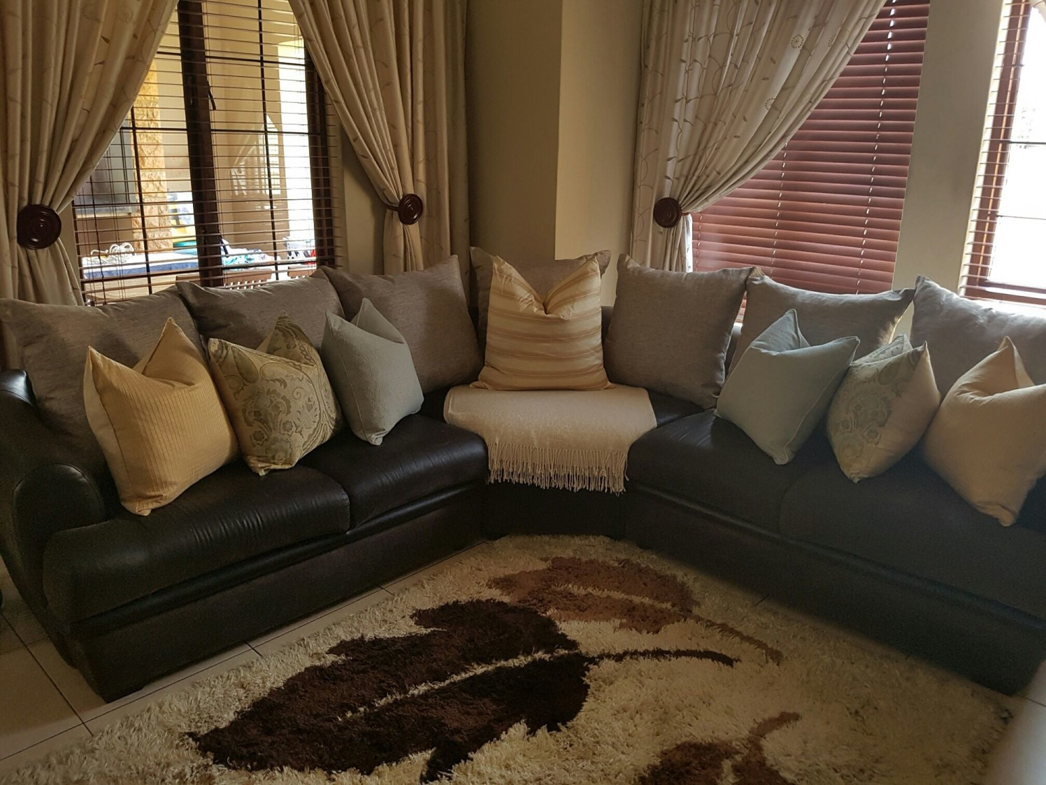 Snuggle time ! by adorn Modern | Interior Design Photos & Ideas