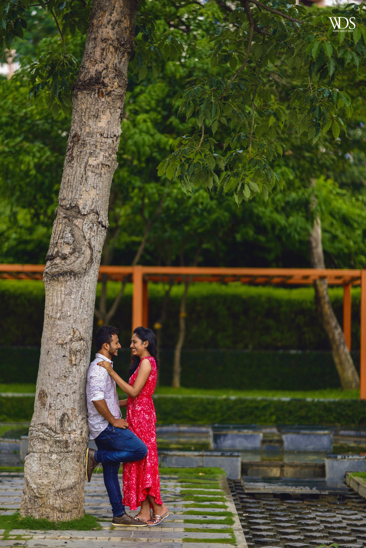 Panoramic Pre-Wedding Shoot In Scenic Beauty Of Nature by Sameer Panchpor Wedding-photography | Weddings Photos & Ideas