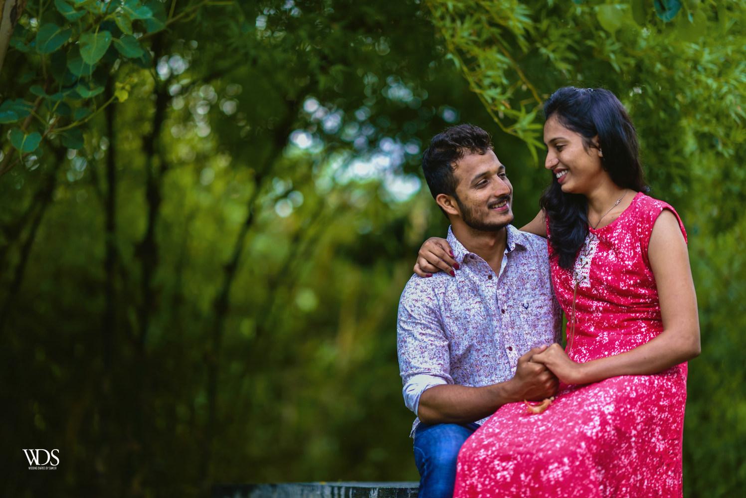 Romantic Pre-Wedding Shoot On A Lush Green Surrounding by Sameer Panchpor Wedding-photography | Weddings Photos & Ideas