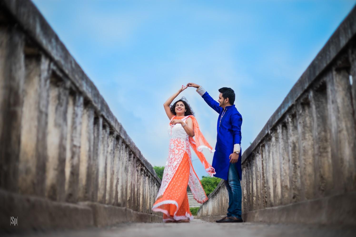Pre Wedding Shot Of Dancing Couple by Sameer Panchpor Wedding-photography | Weddings Photos & Ideas