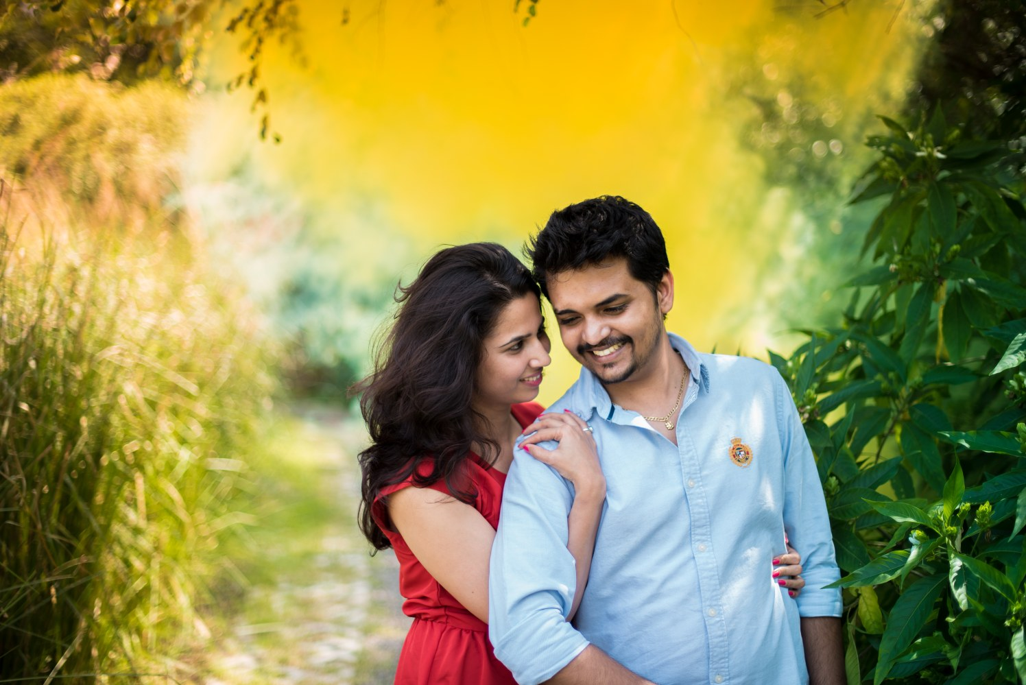 Vibrant Nature Themed Pre-Wedding Shoot With Fairytale Touch by Sameer Panchpor Wedding-photography   Weddings Photos & Ideas