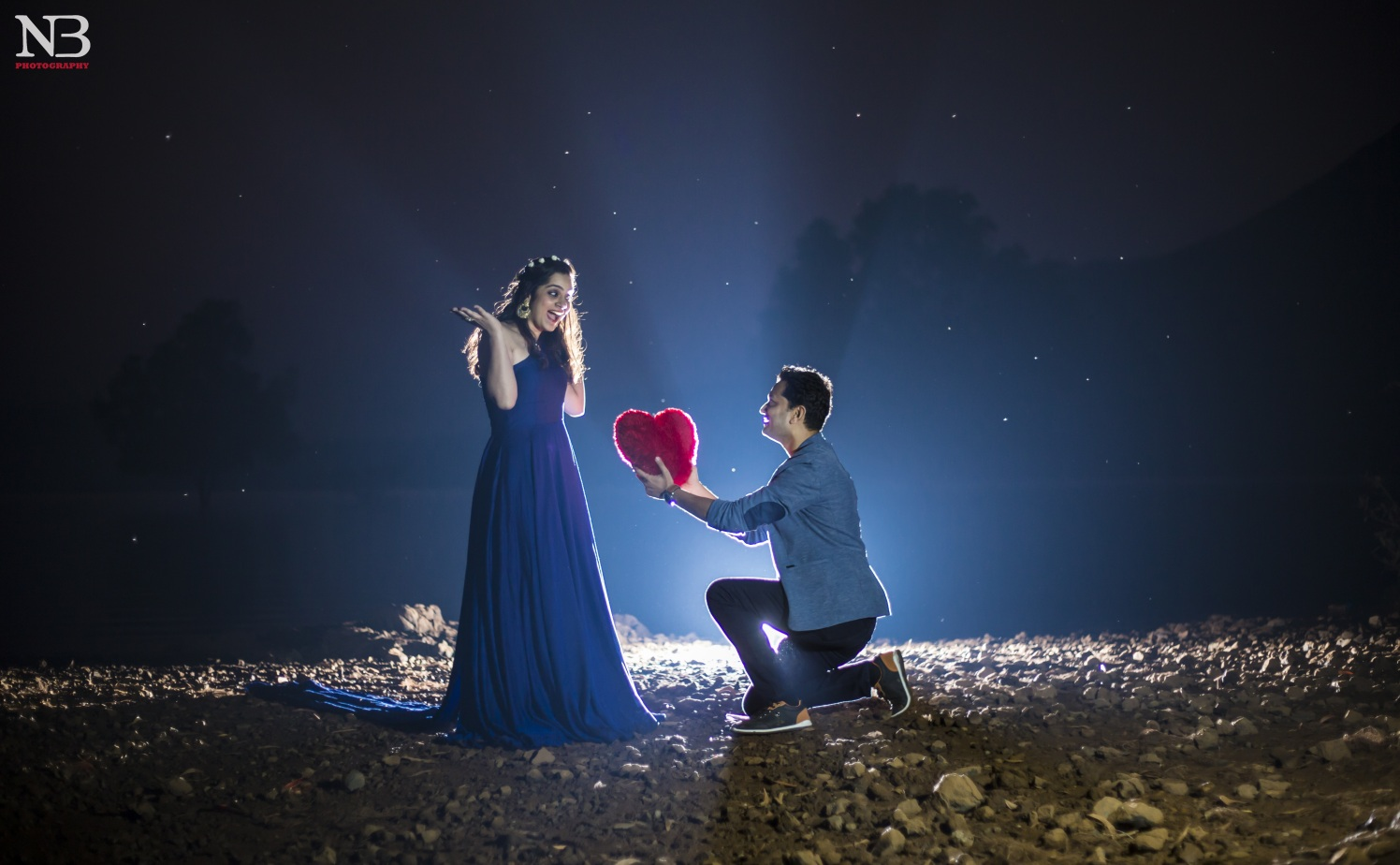 The Stylized Romantic Pre-Wedding Shoot Under The Moonlight by Nikhil Y. Bharane Wedding-photography | Weddings Photos & Ideas