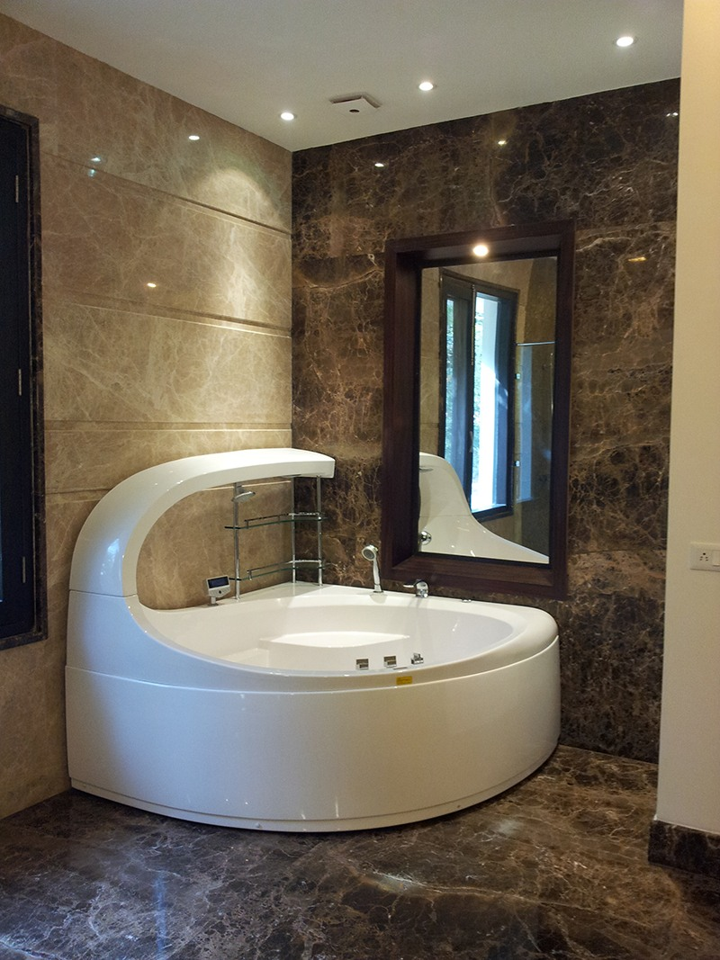 Modern bathroom with marble flooring by SA Design Group Bathroom Modern | Interior Design Photos & Ideas