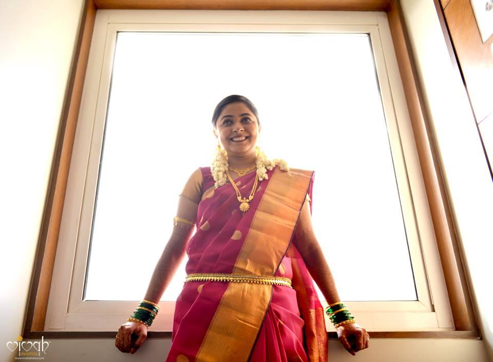Waiting at the edge by VIVAH PHOTOS Wedding-photography | Weddings Photos & Ideas
