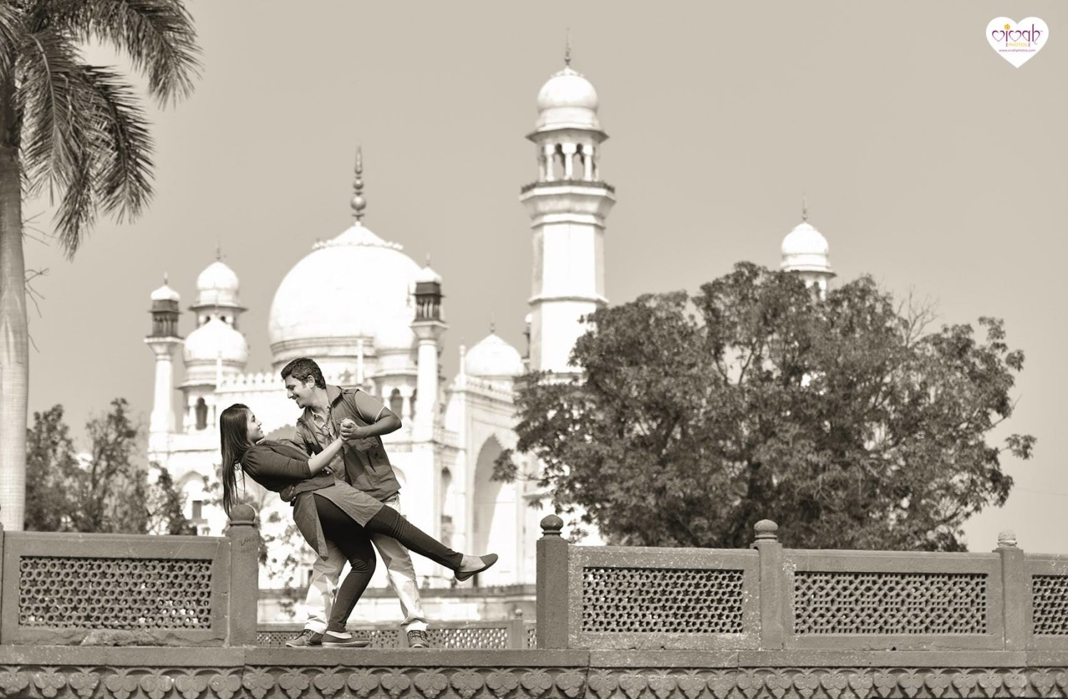 The monument of love by VIVAH PHOTOS Wedding-photography | Weddings Photos & Ideas