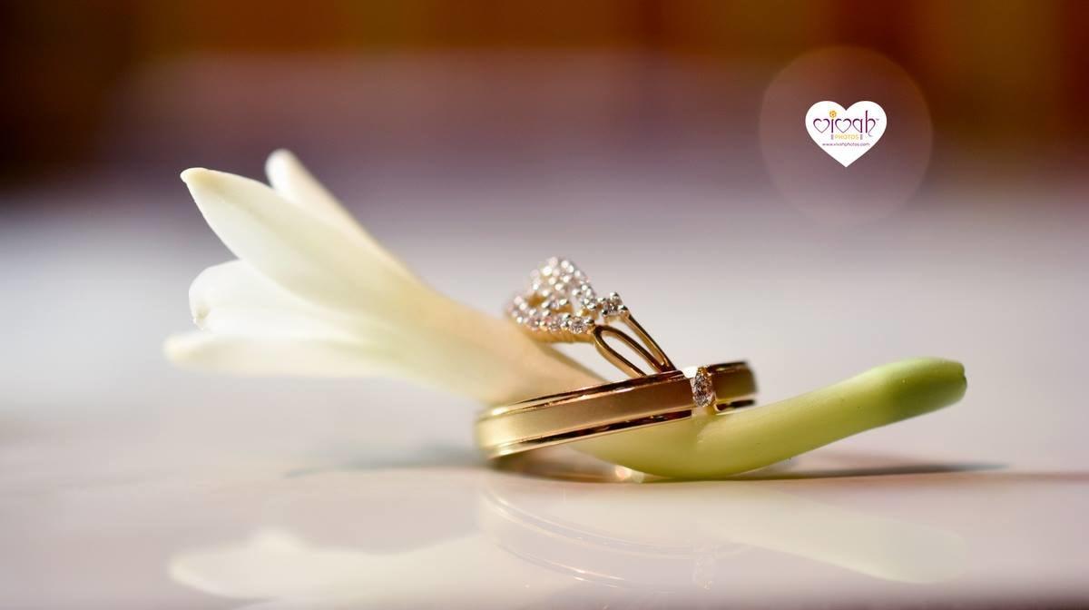 Glamorous ring by VIVAH PHOTOS Wedding-photography | Weddings Photos & Ideas