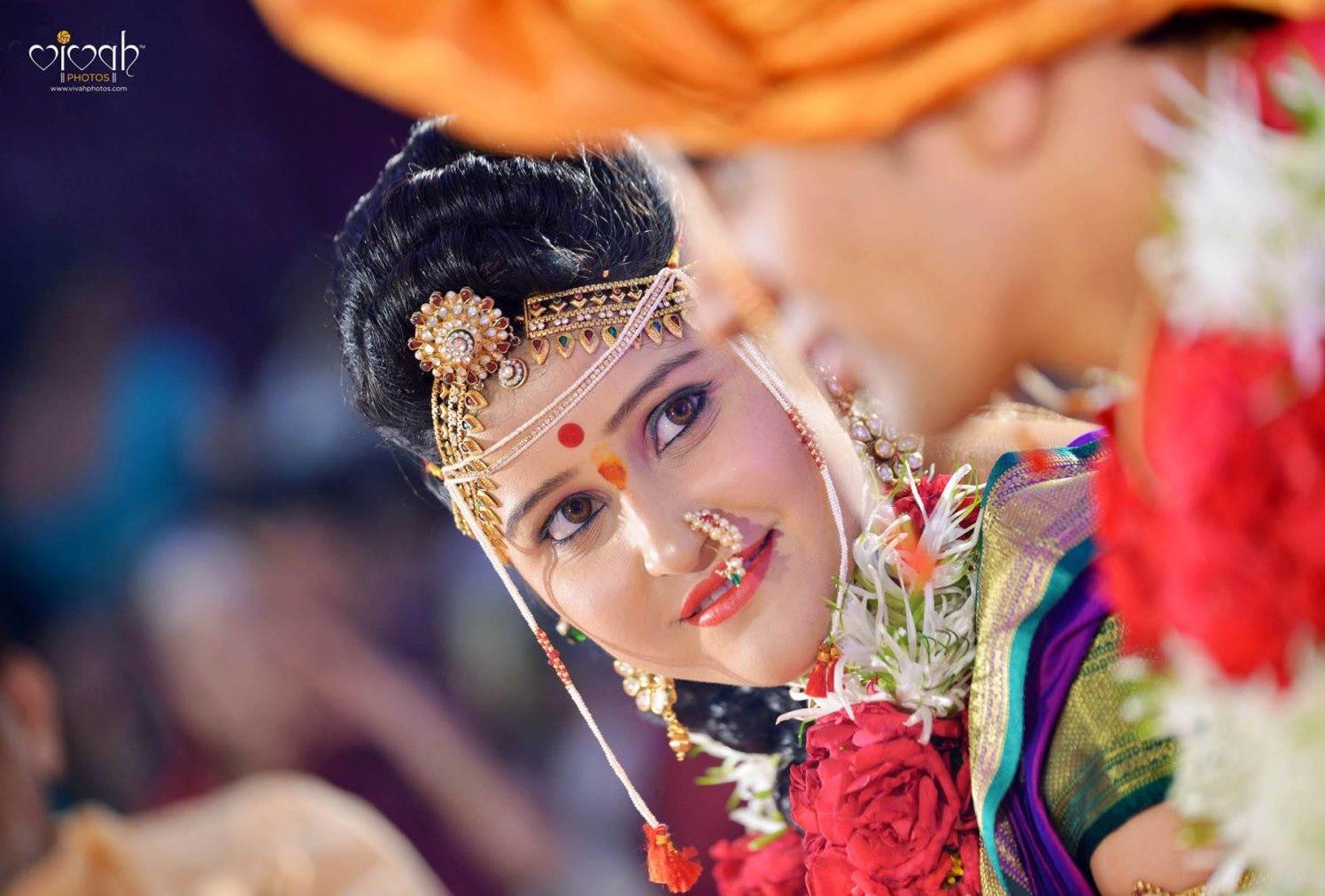 Graceful look by VIVAH PHOTOS Wedding-photography | Weddings Photos & Ideas