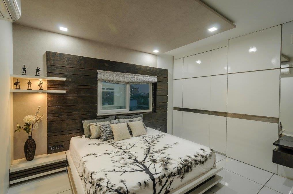 Pale Shade Wardrobe With Sliding Door In Bedroom by Parthsarthi Bedroom Contemporary | Interior Design Photos & Ideas
