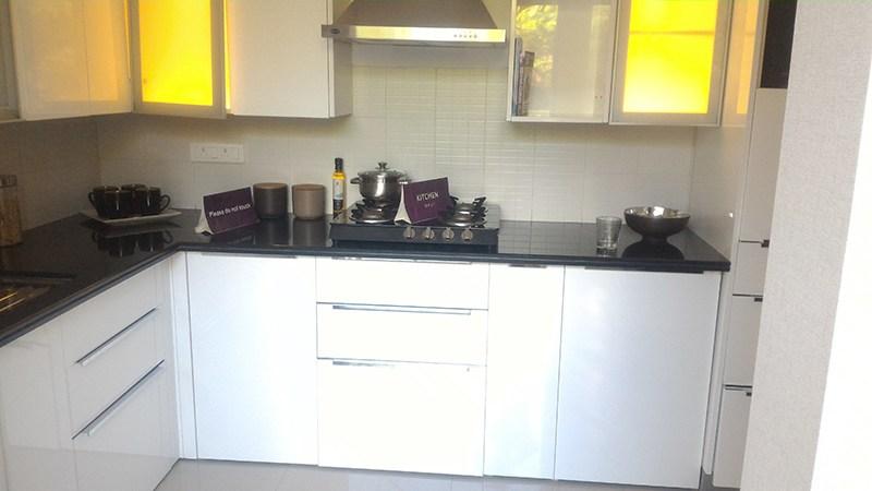 White Cabinets InModular Kitchen by Vijay Modular-kitchen | Interior Design Photos & Ideas