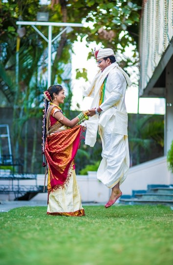Love hues! by Munna Vaddi Photography Wedding-photography   Weddings Photos & Ideas