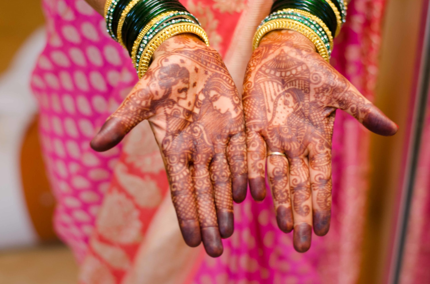 Henna Adorned Hands by Vaibhav Mandrekar Bridal-mehendi | Weddings Photos & Ideas