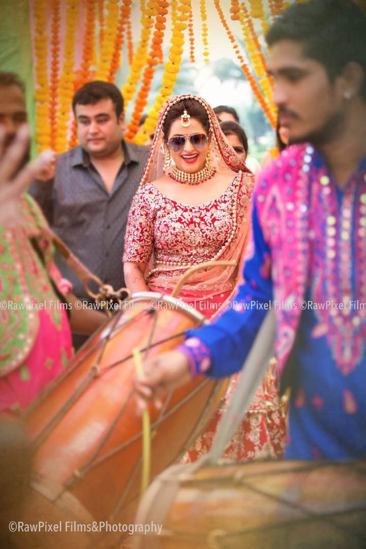 Enriching shot by Raw Pixels Photography Wedding-photography | Weddings Photos & Ideas