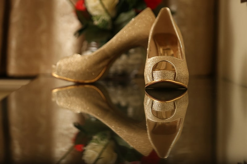 Bridal shoes by Raw Pixels Photography Wedding-photography | Weddings Photos & Ideas