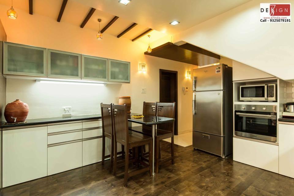 Chic Modular Kitchens by Dessign7 Interiors Pvt Ltd. Modern | Interior Design Photos & Ideas