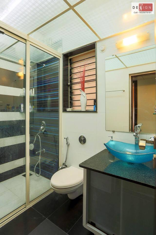 Naturally Lit Restroom by Dessign7 Interiors Pvt Ltd. Modern | Interior Design Photos & Ideas