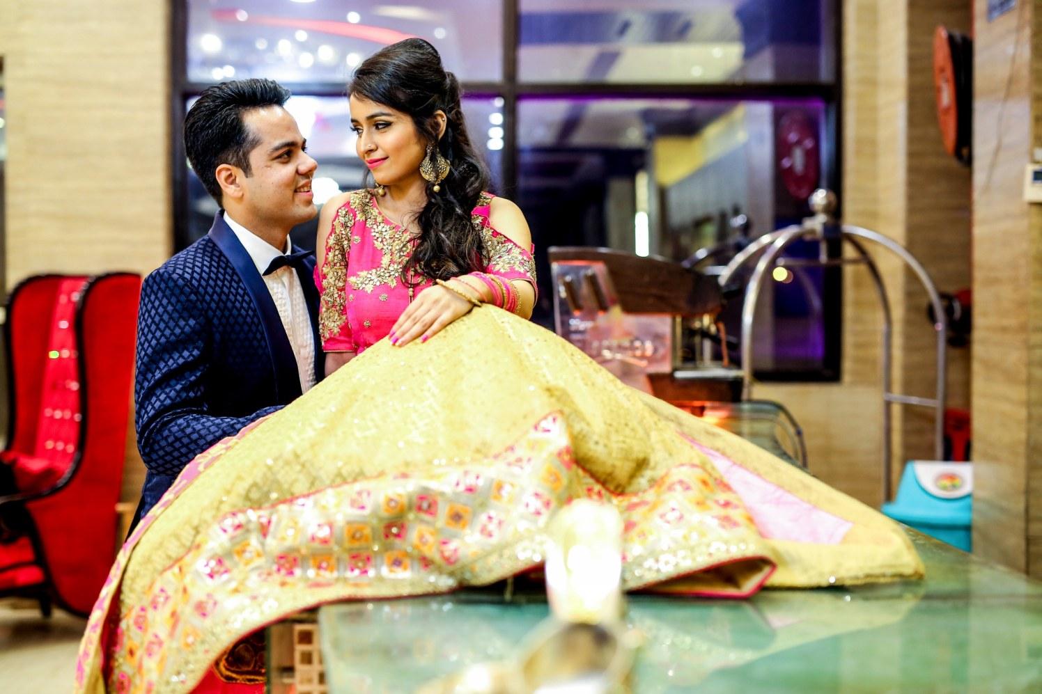 Ravishing couple! by Kamal Malhotra Studio Wedding-photography | Weddings Photos & Ideas