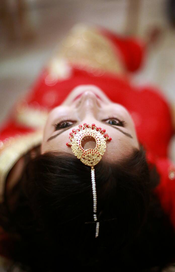 The bride with her elegant jewellery by Proffesional Photographer Wedding-photography | Weddings Photos & Ideas