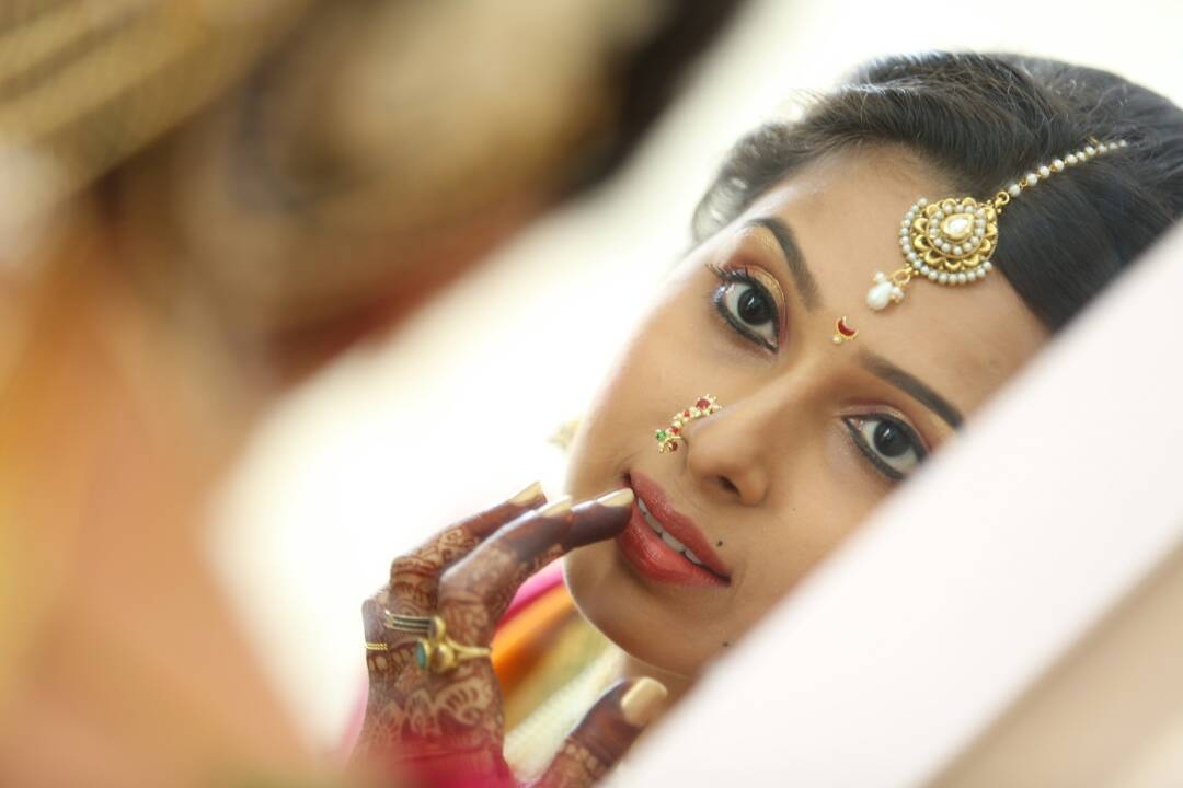 Getting ready for the special ocassion by Proffesional Photographer Wedding-photography | Weddings Photos & Ideas