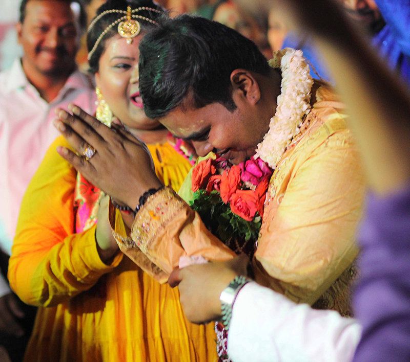The humble groom with a polite namaste by Rahul Vadhs Photography Wedding-photography | Weddings Photos & Ideas