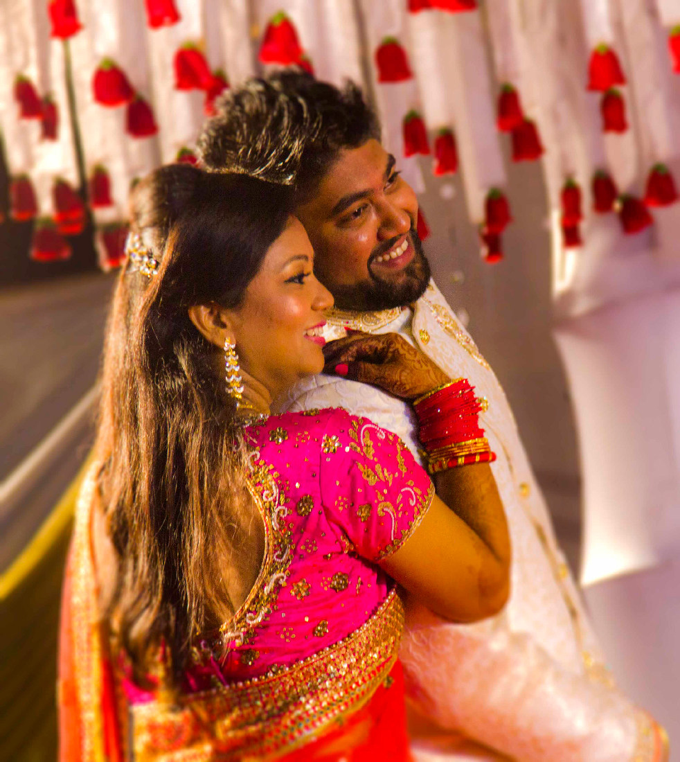 A happy picture of the married couple by Rahul Vadhs Photography Wedding-photography | Weddings Photos & Ideas