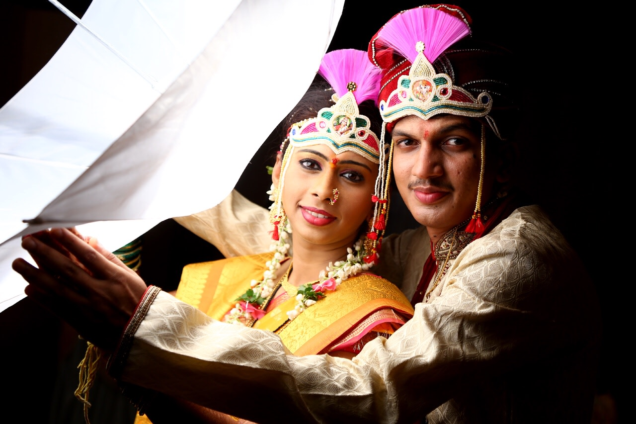 A stunning picture of the blessed couple by Arya Arts Wedding-photography | Weddings Photos & Ideas