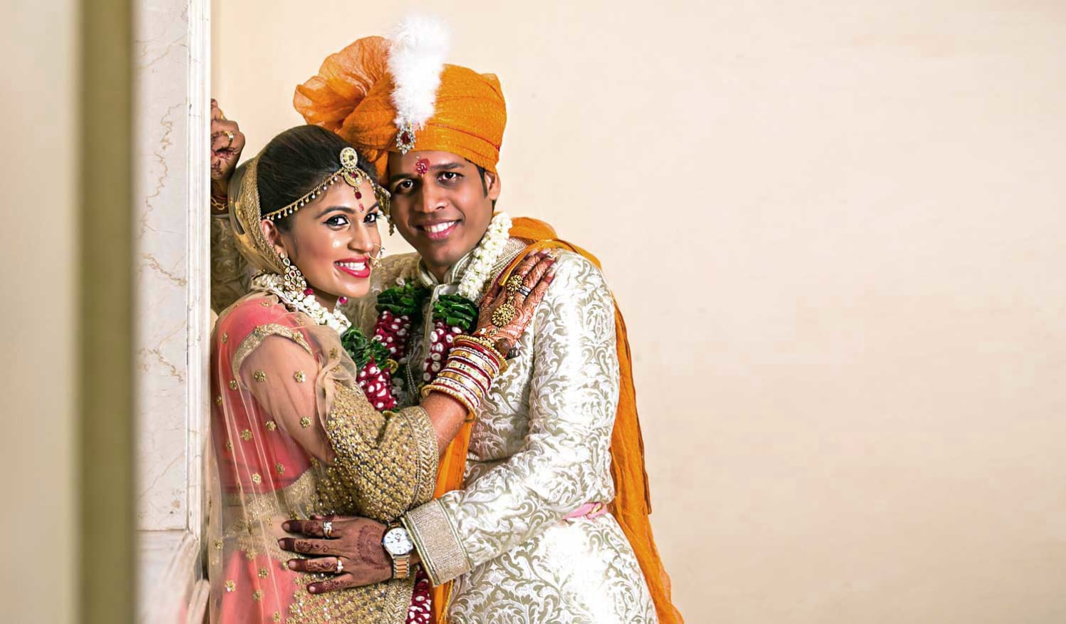 A stellar picture of the married couple. by Arya Arts Wedding-photography | Weddings Photos & Ideas