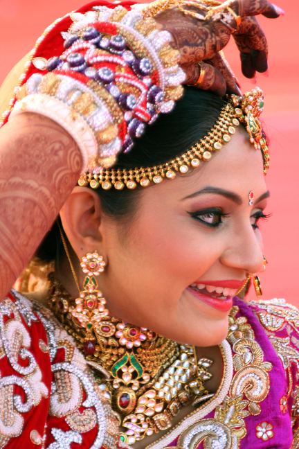 Candid Bride Shot by Karan Meghnani Photography Wedding-photography | Weddings Photos & Ideas