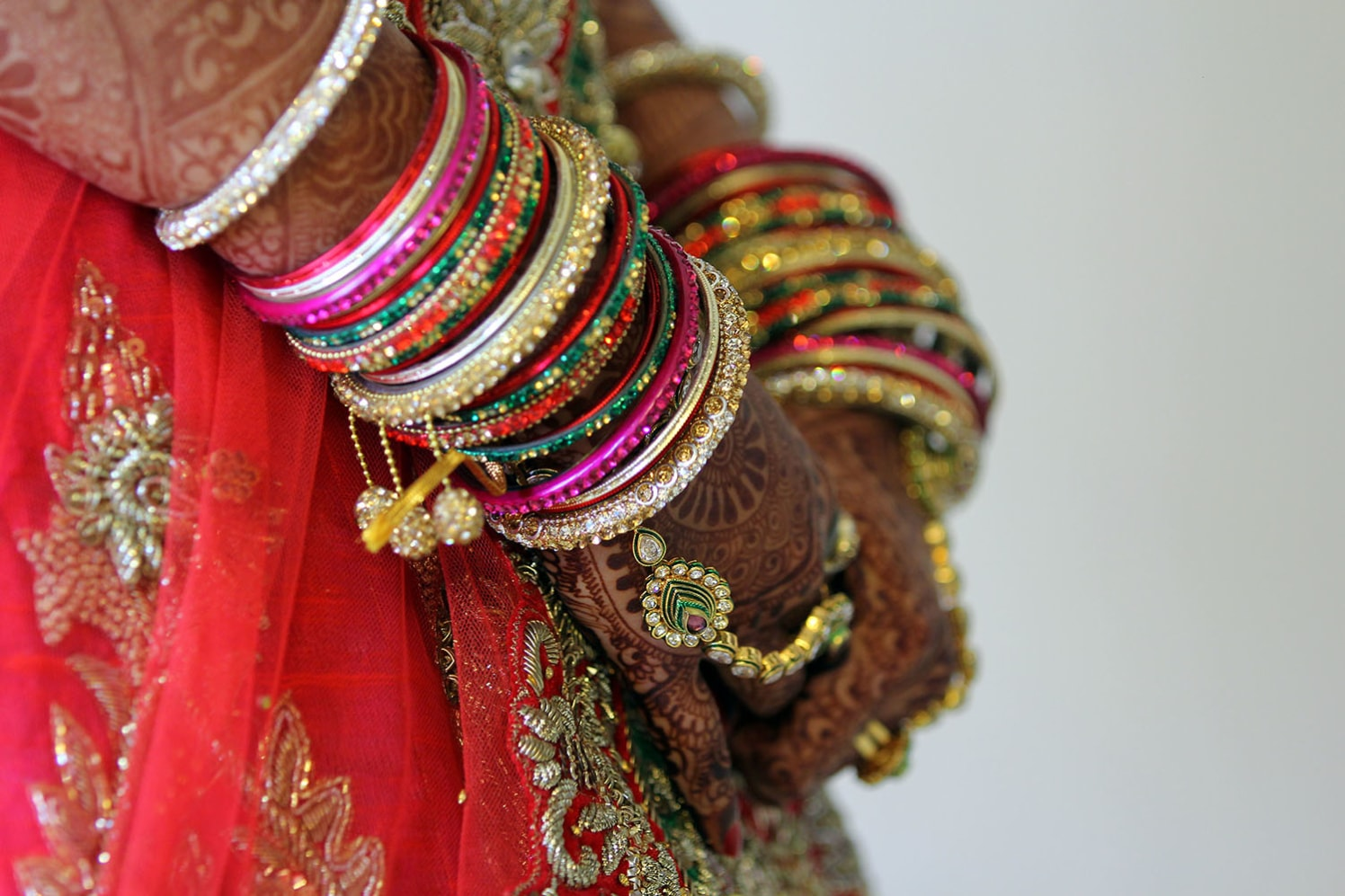 Bride Accessories Shot by Karan Meghnani Photography Wedding-photography | Weddings Photos & Ideas