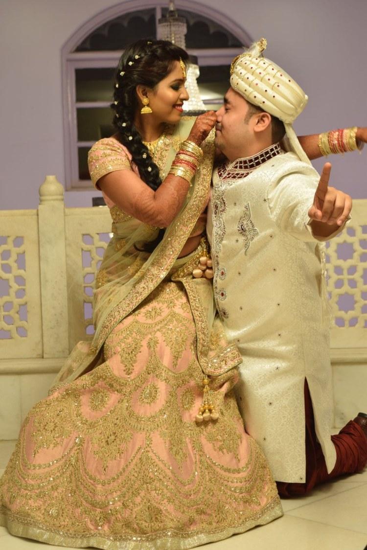 Fun Bride and Groom Pose by Krishna Photography Wedding-photography | Weddings Photos & Ideas