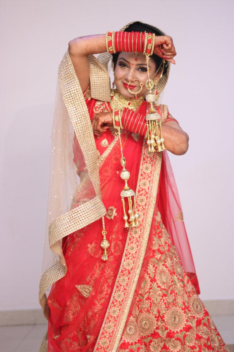Bride Pose by Krishna Photography Wedding-photography | Weddings Photos & Ideas