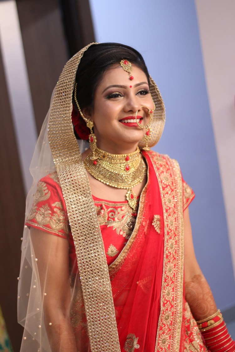 Candid Bride Shot by Krishna Photography Wedding-photography | Weddings Photos & Ideas