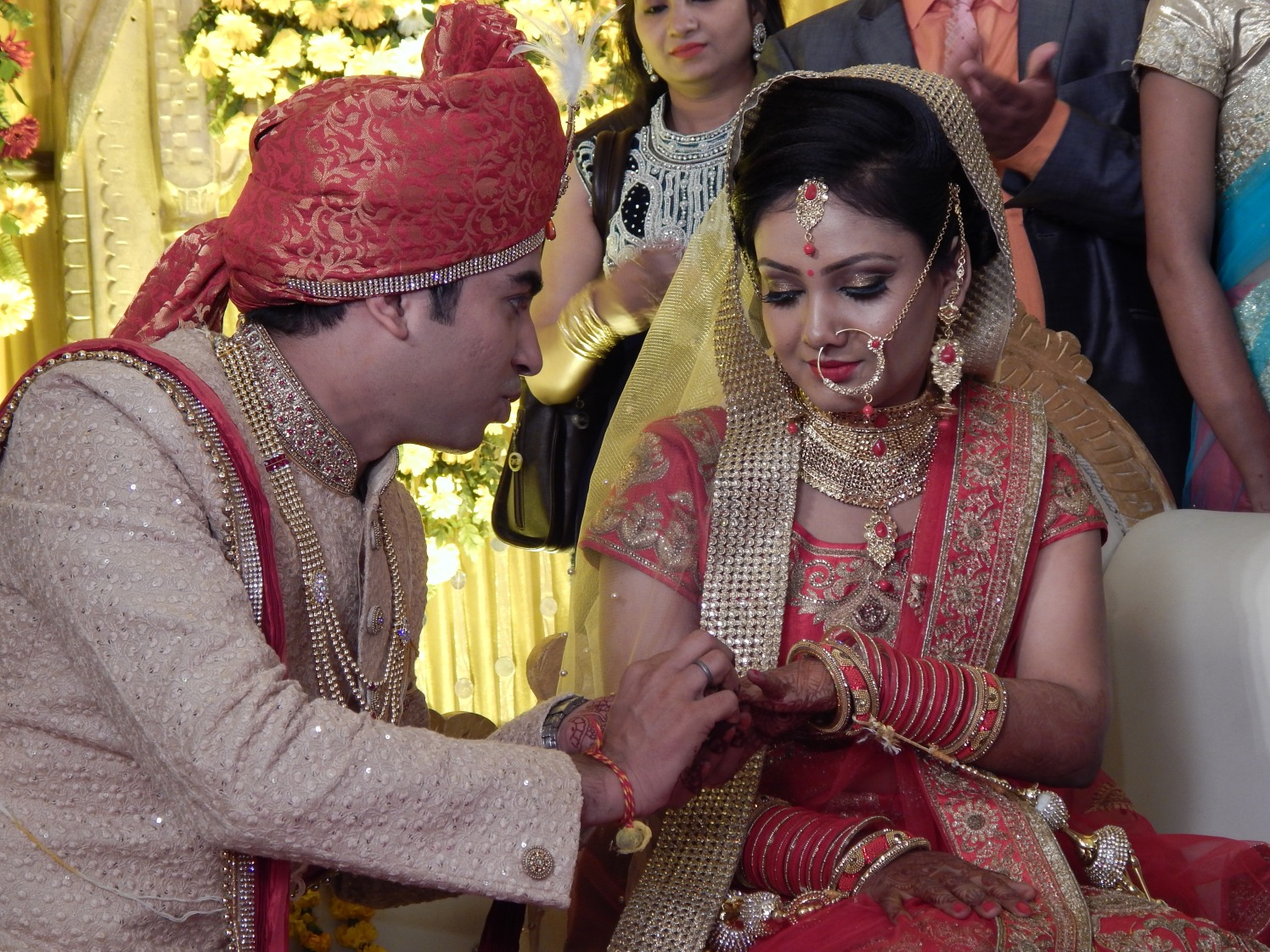 Candid Bride and Groom Moment by Krishna Photography Wedding-photography | Weddings Photos & Ideas