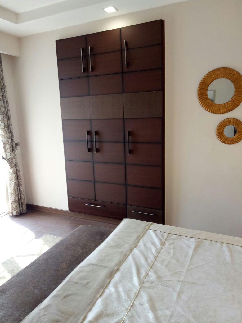 Wooden Wardrobe In Bedroom by Abhinav Gupta Bedroom Contemporary | Interior Design Photos & Ideas