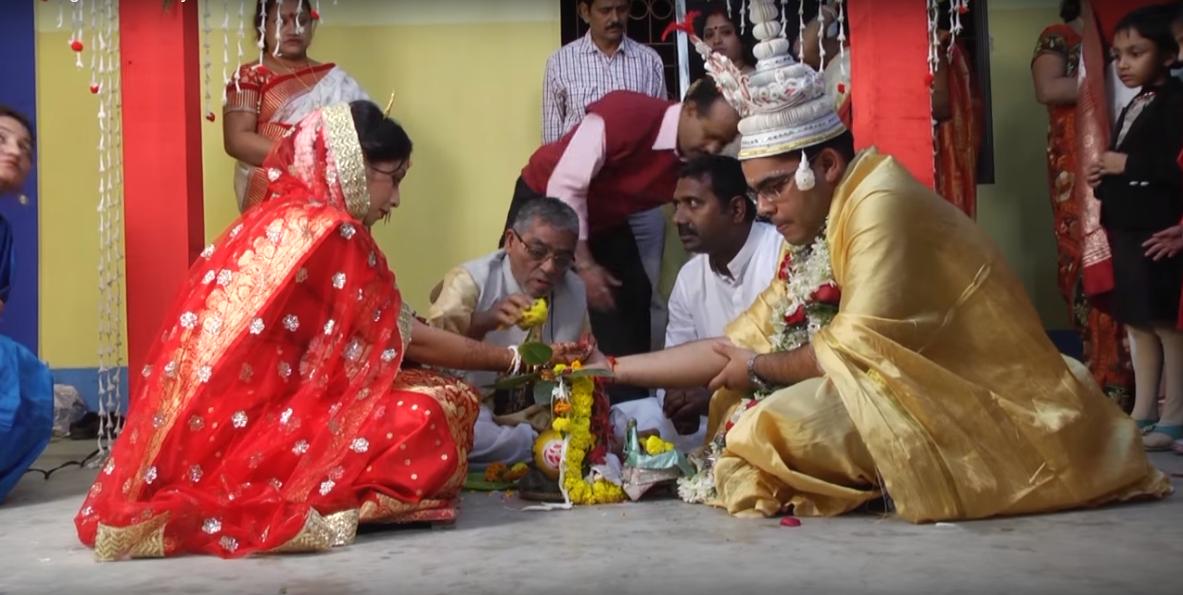 Bengali wedding in progress! by BACKDROP Wedding-photography | Weddings Photos & Ideas