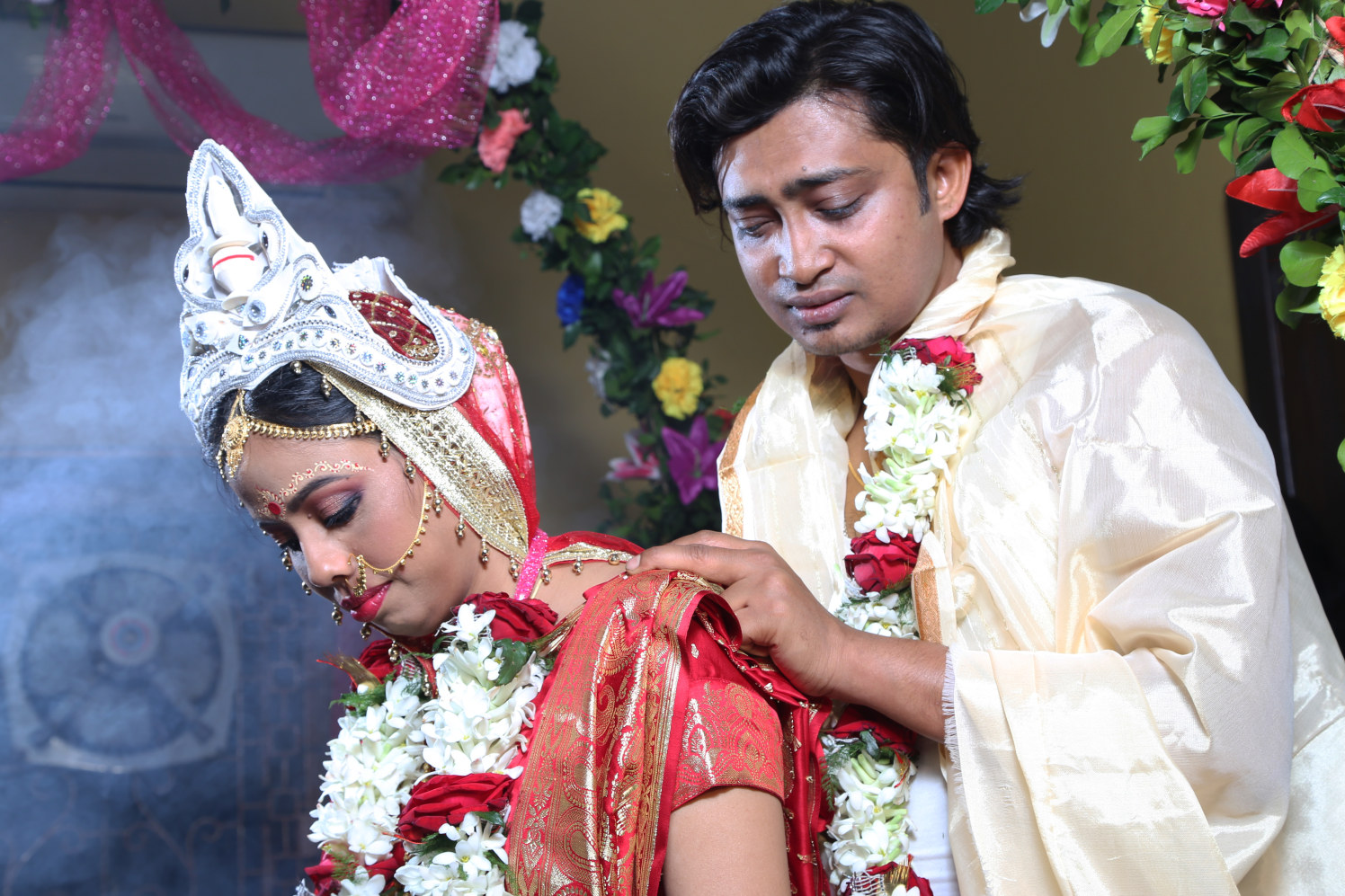 Wedding ritual. by BACKDROP Wedding-photography Bridal-jewellery-and-accessories | Weddings Photos & Ideas