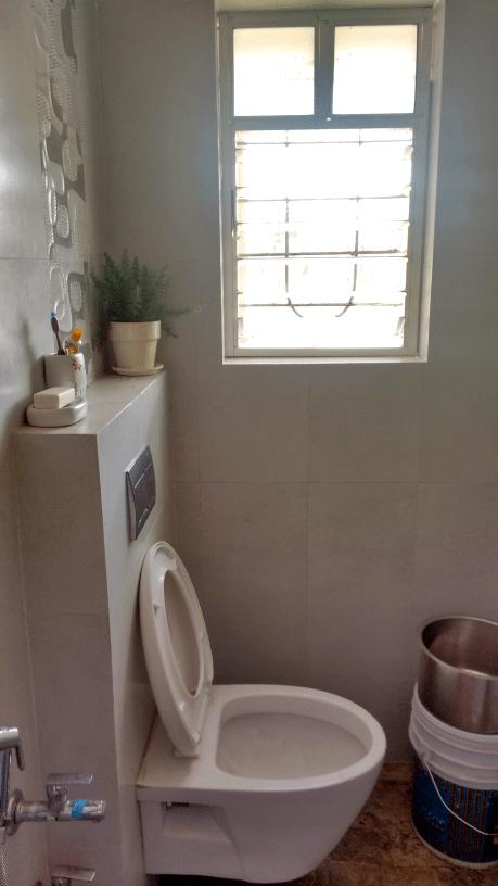 White Vanity by Shrividya Bathroom Contemporary   Interior Design Photos & Ideas