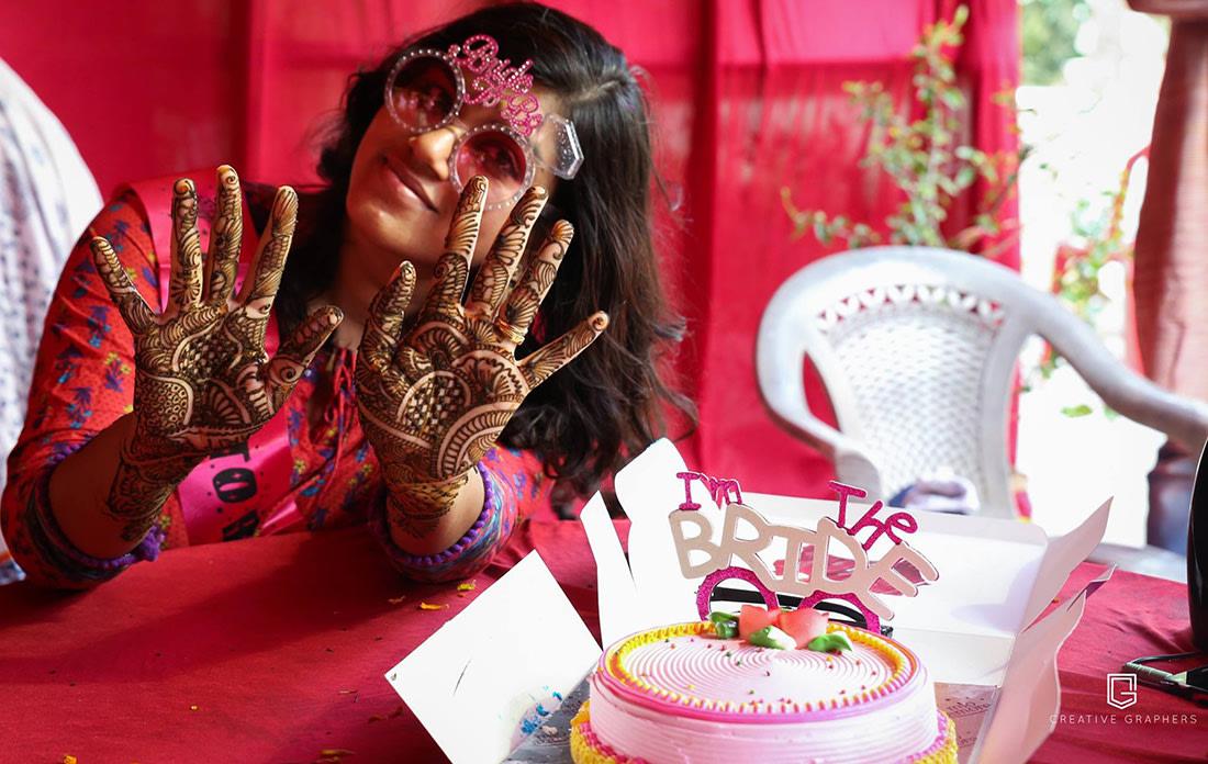 Bride on Her Mehendi Day by Sujit Jena Wedding-photography Bridal-mehendi | Weddings Photos & Ideas