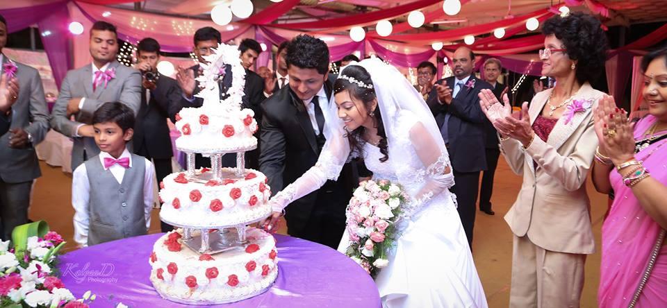 Cake cutting ceremony ! by KalyanD Photography Wedding-photography | Weddings Photos & Ideas