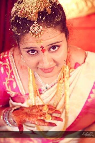 A beautiful mangtikka of the bride! by KalyanD Photography Wedding-photography | Weddings Photos & Ideas