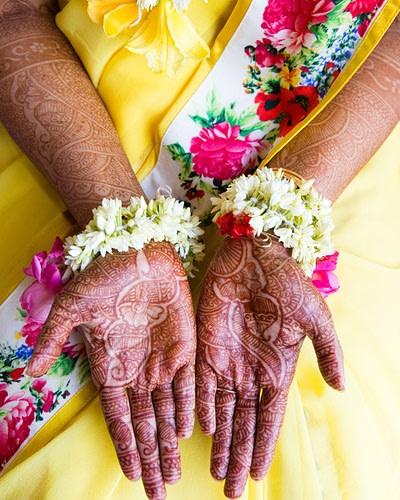 The flawless and exquisite mehendi design! by Sagar Makwana Wedding-photography Bridal-mehendi | Weddings Photos & Ideas
