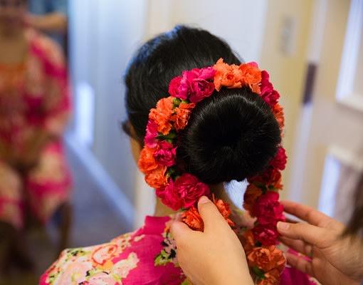 Finishing off with flowers by Sagar Makwana Wedding-photography Wedding-hairstyles | Weddings Photos & Ideas