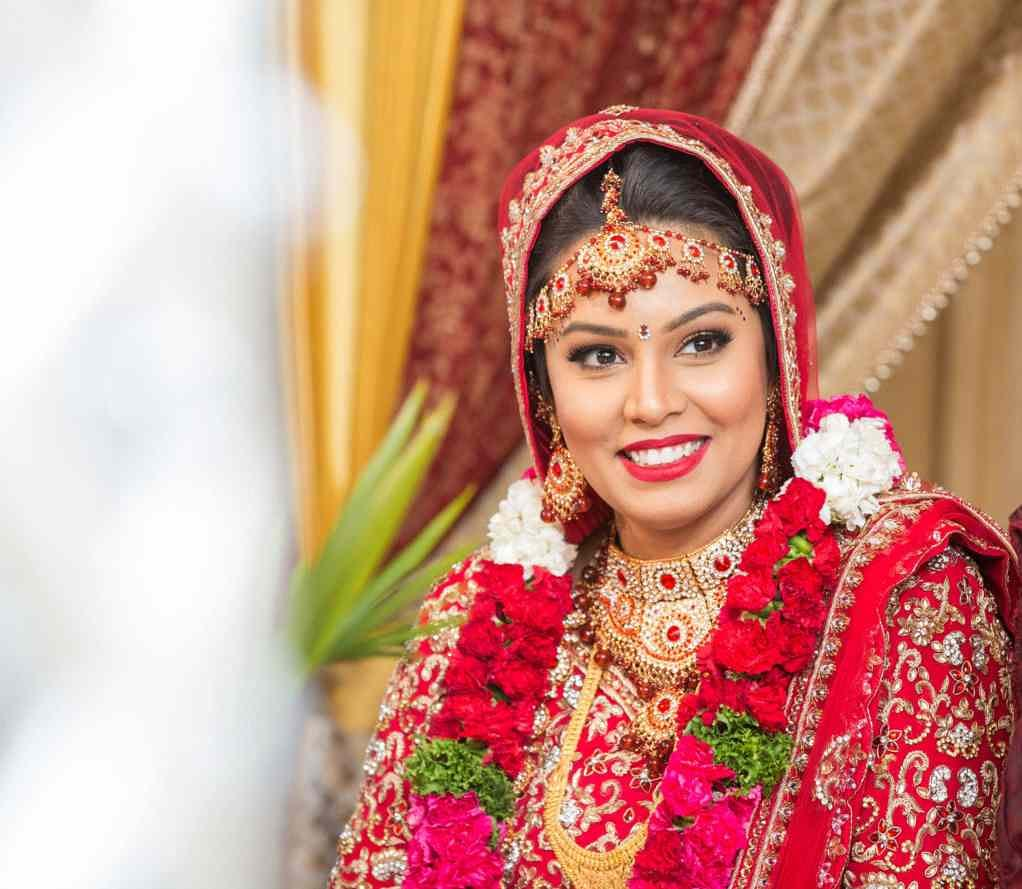 A beautiful smile is the most important accessory by Sagar Makwana Wedding-photography Bridal-makeup | Weddings Photos & Ideas