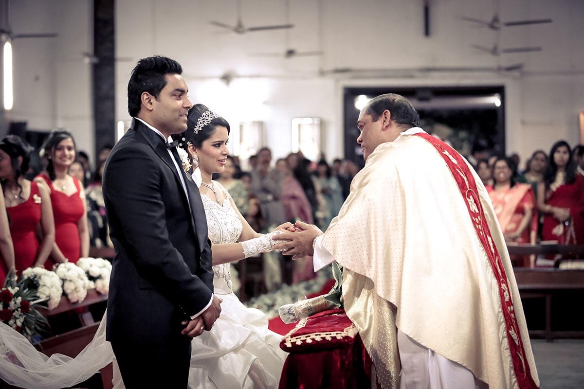 Bound in the sacred bond of love by Sagar Makwana Wedding-photography | Weddings Photos & Ideas