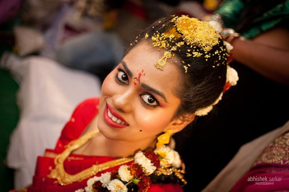 Brimming beauteous! by Abhishek Sarkar Wedding-photography Bridal-jewellery-and-accessories Bridal-makeup | Weddings Photos & Ideas