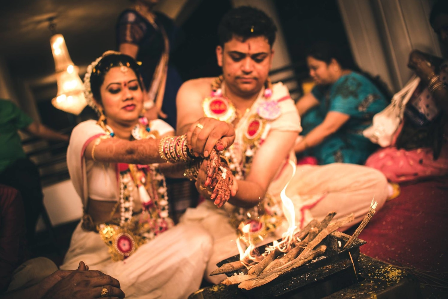 Holy traditions! by Abhishek Sarkar Wedding-photography   Weddings Photos & Ideas